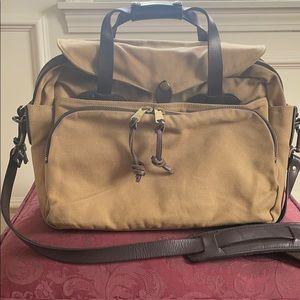 FILSON RUGGED TWILL PADDED COMPUTER BAG (TAN)